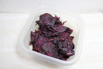 赤紫蘇の搾りかす.jpg